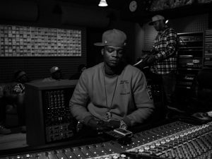 PAPOOSE – KICKBACK FT. CONWAY THE MACHINE & FRENCH MONTANA